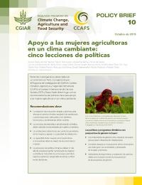 Apoyo a las mujeres agricultoras en un clima cambiante: cinco lecciones de políticas